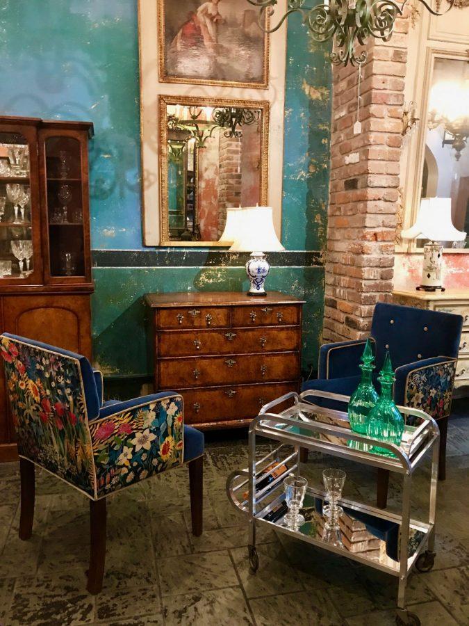 Royal Antiques 309 Street New Orleans La 70130